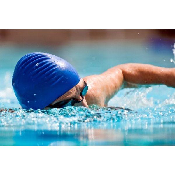 Плавание в контактных линзах